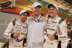 LMP1 ganadores de la pole Neel Jani, Andre Lotterer, Nick Tandy, Porsche Team