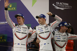 Podium LMP1: second place Timo Bernhard, Earl Bamber, Brendon Hartley