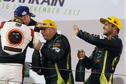 Podio LMGTE AM: ganador de la carrera Paul Dalla Lana, Pedro Lamy