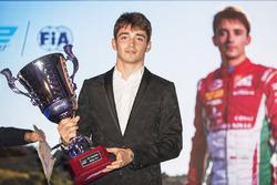 Церемония награждения призеров F2 и GP3