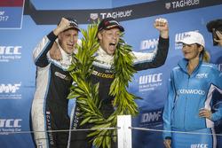Podium: Nicky Catsburg, Polestar Cyan Racing, Volvo S60 Polestar TC1 and Thed Björk, Polestar Cyan Racing, Volvo S60 Polestar TC1