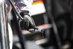 #6 Acura Team Penske Acura DPi, P: Dane Cameron, Juan Pablo Montoya, Simon Pagenaud crew