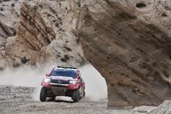 #301 Toyota Gazoo Racing Toyota Hilux: Nasser Al-Attiyah, Mathieu Baumel
