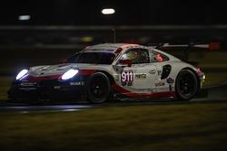 #911 Porsche Team North America Porsche 911 RSR, GTLM: Patrick Pilet, Nick Tandy, Frédéric Makowiecki rain