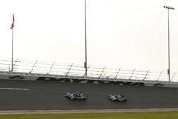 #32 United Autosports Ligier LMP2: Will Owen, Hugo de Sadeleer, Paul Di Resta, Bruno Senna, #54 CORE autosport ORECA LMP2: Jon Bennett, Colin Braun, Romain Dumas, Loic Duval