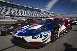 #66 Chip Ganassi Racing Ford GT, GTLM: Дірк Мюллер, Джоі Хенд, Себастьян Бурде