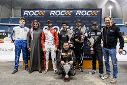 Karl Massad, Principe Khaled Al Faisal, Presidente della Federazione Motoristica dell'Arabia Saudita, Khaled Al Qassimi, Ahmed Bin Khanen, Fala Aljarba, Khaled Al Qubaisi, Mansour Chebli e Fredrik Johnsson della ROC