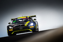 #55 Strakka Racing Mercedes AMG GT GT3: Nick Leventis, Lewis Williamson, Cameron Waters, David Fumaneli
