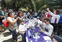 Sam Bird, DS Virgin Racing, Alex Lynn, DS Virgin Racing, DS Virgin DSV-0Nelson Piquet Jr., Jaguar Racing. at the autograph session