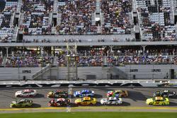 Chase Elliott, Hendrick Motorsports Chevrolet Camaro and Erik Jones, Joe Gibbs Racing Toyota