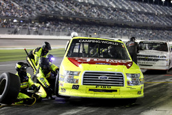 Pit stop, Matt Crafton, ThorSport Racing Ford F-150