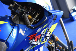 Détail du carénage sur la moto d'Álex Rins, Team Suzuki MotoGP