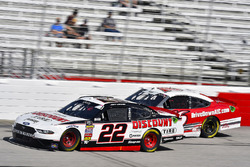Joey Logano, Team Penske, Discount Tire Ford Mustang and Ryan Reed, Roush Fenway Racing, Drive Down A1C Lilly Diabetes Ford Mustang