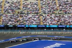 Эдоардо Мортара, Venturi Formula E Team, Лукас ди Грасси, Audi Sport ABT Schaeffler, Маро Энгель, Venturi Formula E Team, и Сэм Бёрд, DS Virgin Racing