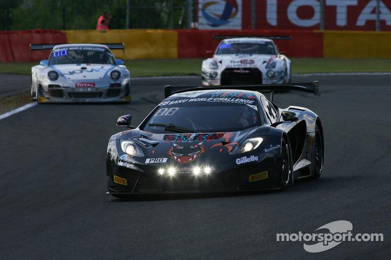 #88 Von Ryan Racing Aston Martin Vantage GT3: Bruno Senna, Rob Barff, Chris Goodwin