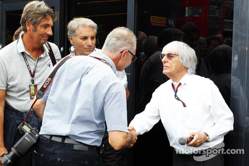 Bernie Ecclestone, CEO Formula One Group, with Jad Sherif, Photographer