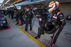 Alex Brundle ready for a driver change practice