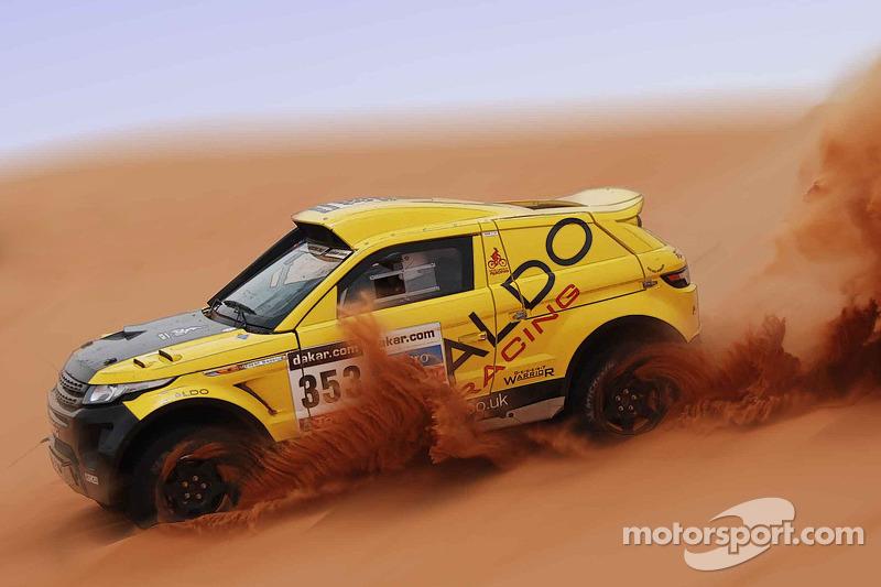 ALDO Racing test de Range Rover Desert Warrior 3 in Engeland voor Dakar