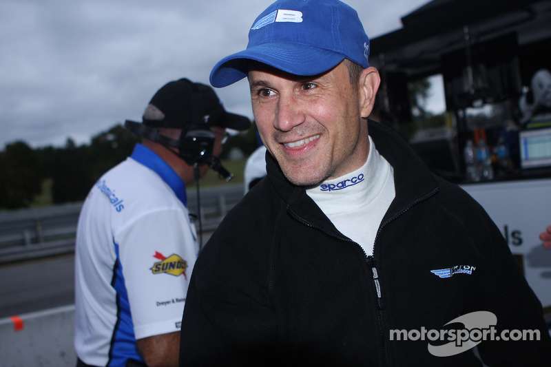 Kampioen - #23 Burton Racing BMW 128i: Mike LaMarra