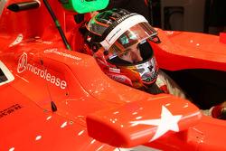 Jules Bianchi, Marussia F1 Team MR02, mit einem Aufkleber in Erinnerung an Maria De Villota