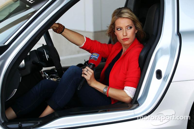 Sarah Winkhaus, Sky Sports F1 Presenter