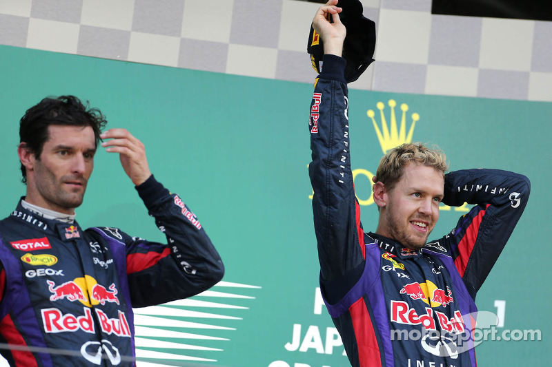Podio: Mark Webber, Red Bull Racing, en segundo lugar, Sebastian Vettel, Red Bull Racing, ganador de la carrera