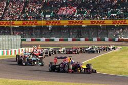 Sebastian Vettel, Red Bull Racing RB9 at the start of the race