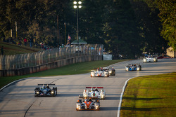 #25 8Star Motorsports Oreca FLM09 Oreca: Oswaldo Negri, Sean Rayhall leads a group of cars