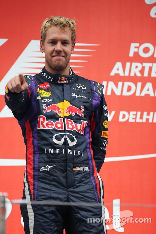 O vencedor e World Champion Sebastian Vettel, Red Bull Racing