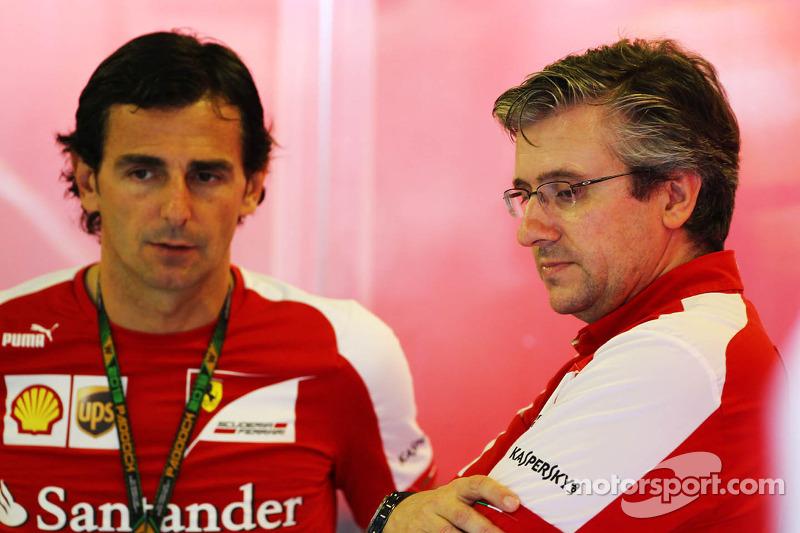 (L to R): Pedro De La Rosa, Ferrari Development Driver with Pat Fry, Ferrari Deputy Technical Direct