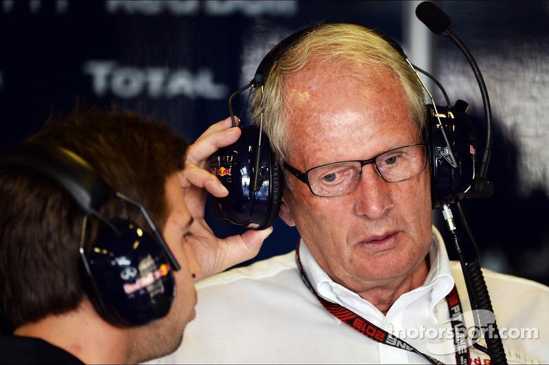 (L naar R): Antonio Felix da Costa, Testrijder Red Bull Racing, met Dr Helmut Marko, Red Bull Motorsport Consultant