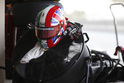 The helmet and gloves of Dino Zamparelli