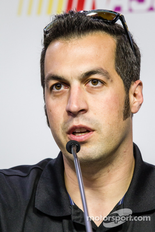 Coletiva de imprensa: piloto da NASCAR Nationwide Series, Sam Hornish Jr.
