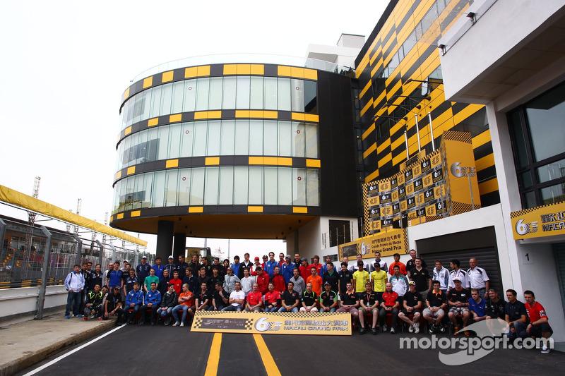 All Macau drivers in group shot