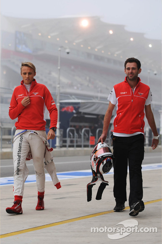 Max Chilton, Marussia F1 Team com Sam Village, Marussia F1 Team