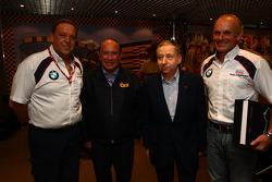 E ara D Ing. Kurt Treml, Team Manager da Liqui Moly Team, João Manuel Costa Antunes, o coordenador da Comissão do Grande Prémio de Macau, Jean Todt, presidente da FIA, Franz Engstler, BMW E90 320 TC, Liqui Moly Equipe