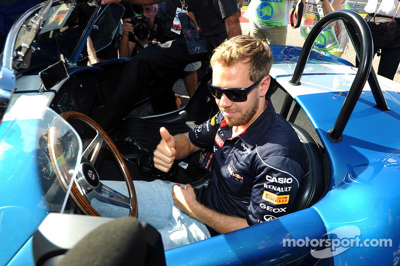 Sebastian Vettel, Red Bull Racing drives his own parade car