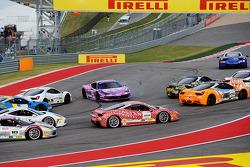 Problemen voor #23 Ferrari of Central Florida Ferrari 458: Onofrio Triarsi