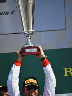 Podium: racewinnaar Carlos Gomez