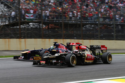 Jean-Eric Vergne and Heikki Kovalainen, battle for position