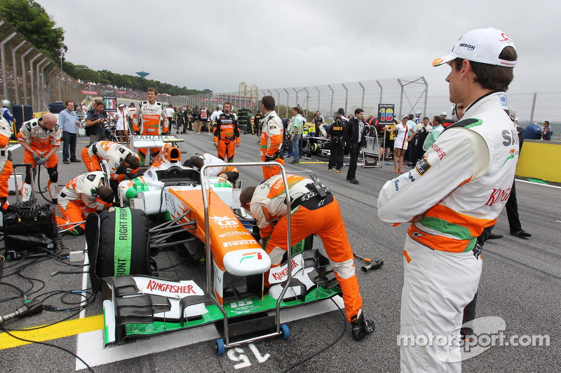 Adrian Sutil, Sahara Force India VJM06 op de grid