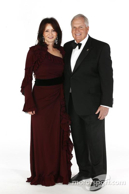 proprietário da Rick Hendrick e sua esposa Linda