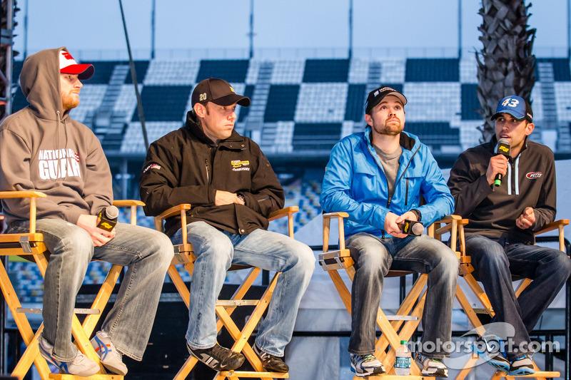 Drivers forum: Dale Earnhardt Jr., Hendrick Motorsports Chevrolet, Matt Kenseth, Joe Gibbs Racing To