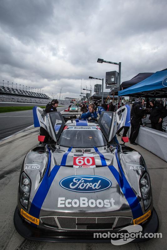 #60 Michael Shank Racing 和 Curb/Agajanian Riley DP 福特 EcoBoost: 约翰·皮尤, 奥斯瓦尔多·内格里, A.J.奥尔门丁格, 贾斯丁·威尔森