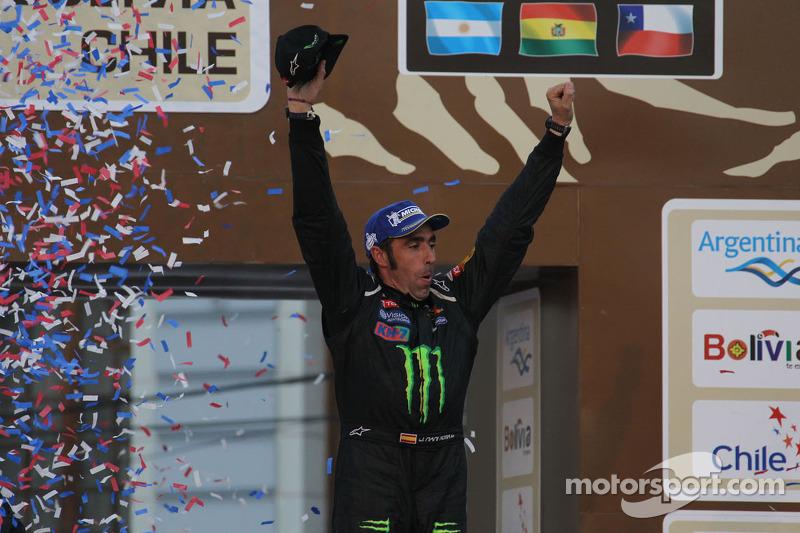 El ganador de la categoría de coches, Nani Roma