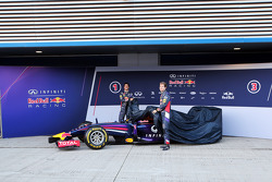 (L to R): Daniel Ricciardo, Red Bull Racing and team mate Sebastian Vettel, Red Bull Racing unveil the new Red Bull Racing RB10