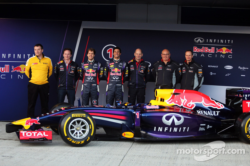 La presentazione della Red Bull Racing RB10