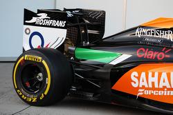 Sahara Force India F1 VJM07 - detalle del alerón trasero