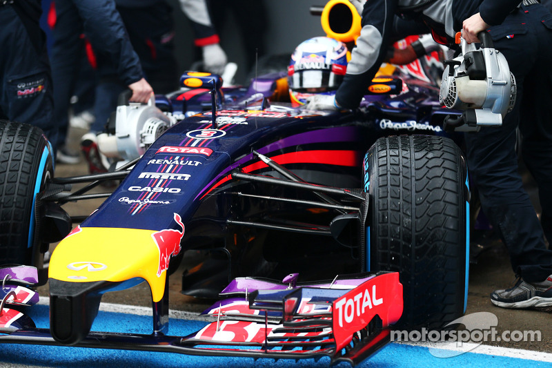Daniel Ricciardo, Red Bull Racing RB10 front wing and nosecone