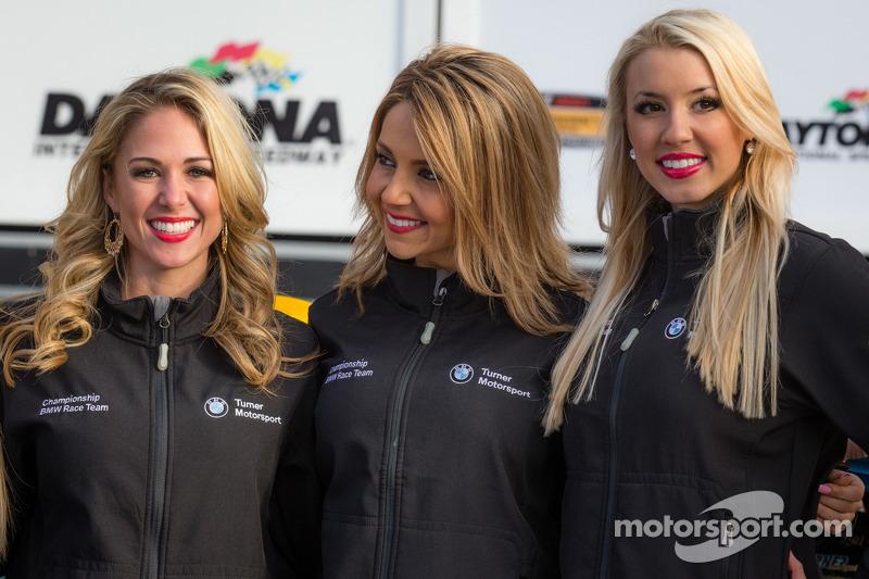 GS zafer çizgisi: Turner Motorsport kızları